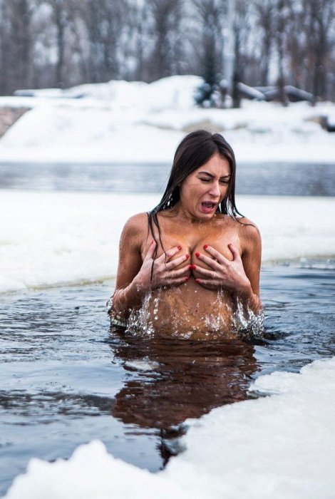 Каждые выходные голая украин…