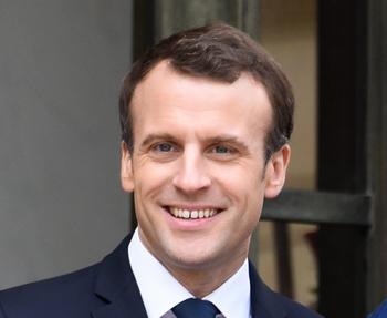 Подготовка к визиту президента Франции в Россию продолжается
