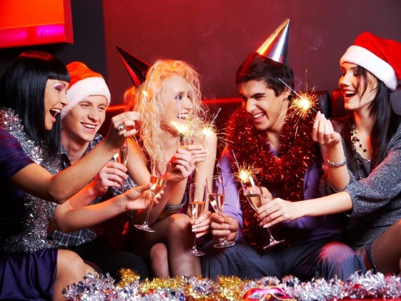 Новогодние развлечения для взрослой компании! Гороскоп в картинах известных художников