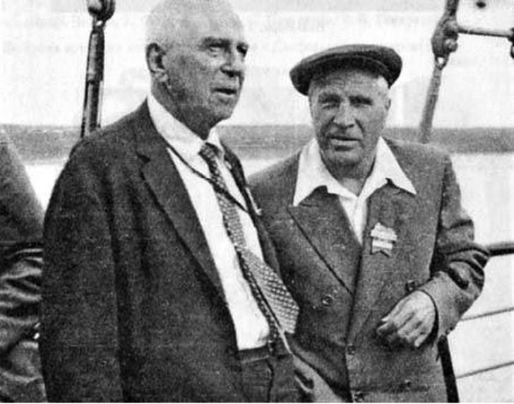 С.А. Лефшец и Л.С. Понтрягин на математическом конгрессе в Эдинбурге. 1958 г. история, мальчик Лева