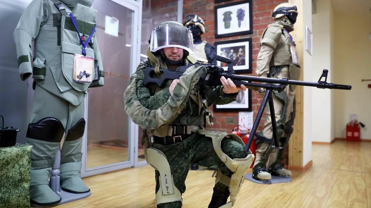 Ведется разработка экзоскелетов для российской армии