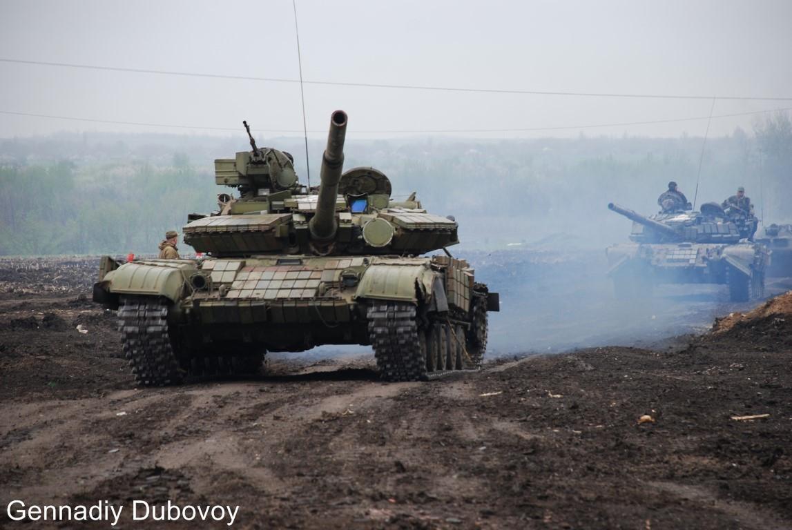 Кому нужна война у российских границ