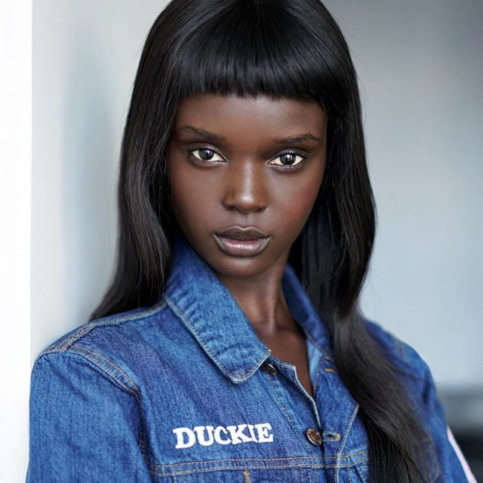 Даки Тот — темнокожая модель…