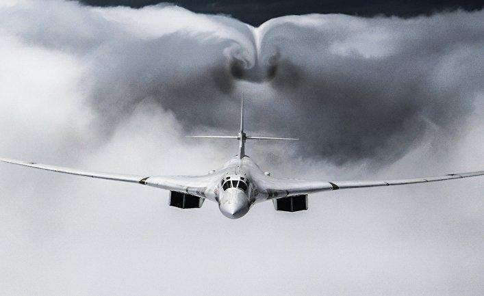 Возрождение бомбардировщика Ту-160: первый полет с новыми двигателями показал, что данный самолет будет востребован в боевых действиях еще как минимум 30 лет