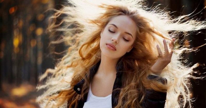 Как мыть голову реже: 9 пров…