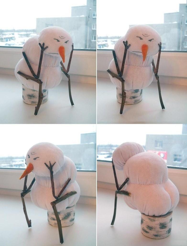 можно картинка смешная на работу после нового года использованию серо-белого колорита