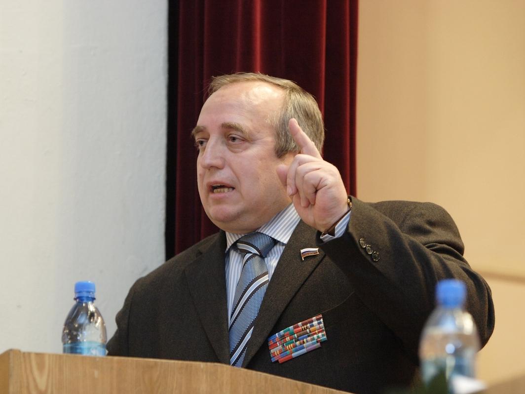 Выиграть войну не начиная: Клинцевич объяснил, зачем Шойгу создает кибервойска