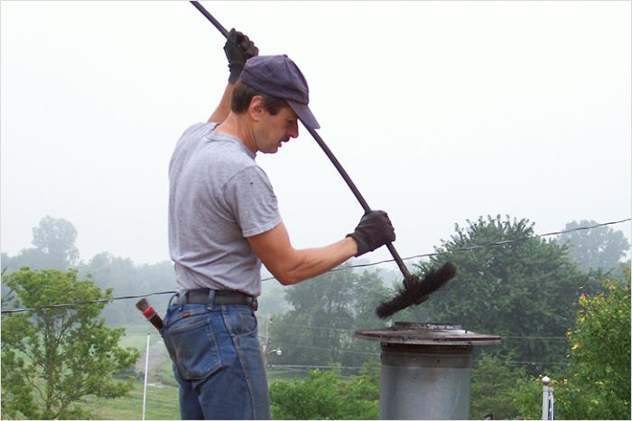Печка беспощадно дымит: 7 распространенных проблем и способы их решения дым,печь,проблема,ремонт и строительство