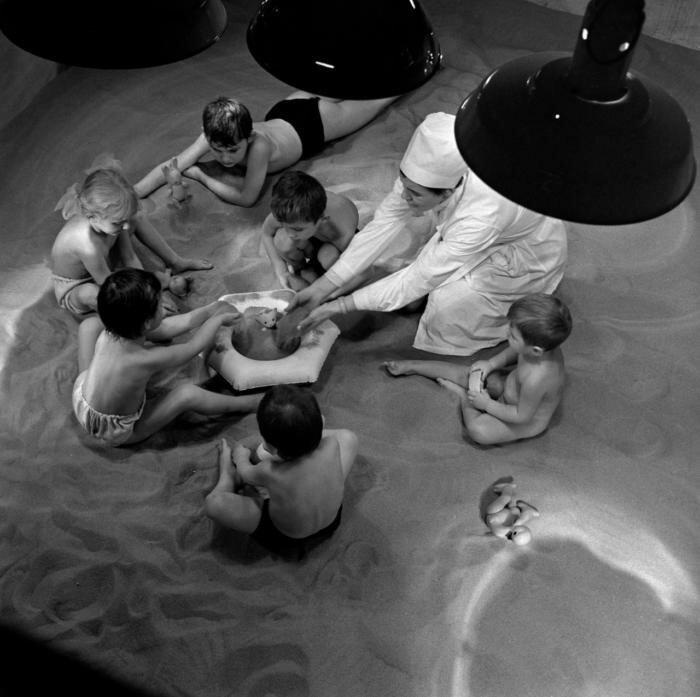 24. Песочница в Мурманске в помещении, 1971 архив, исторические фото, фото, фото из прошлого