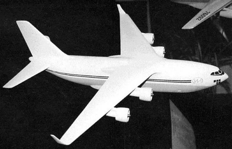 Российская транспортная авиация «задыхается» без собственного двигателя