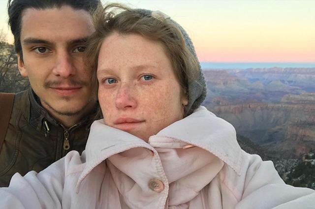 В сети обсуждают возможный развод Варвары Шмыковой и слухи о ее новом романе: что мы об этом знаем Звездные пары