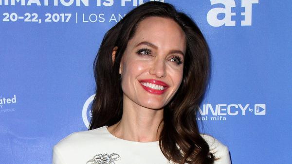 Анджелина Джоли впечатлила э…