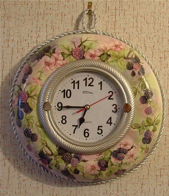 Часы из сковороды