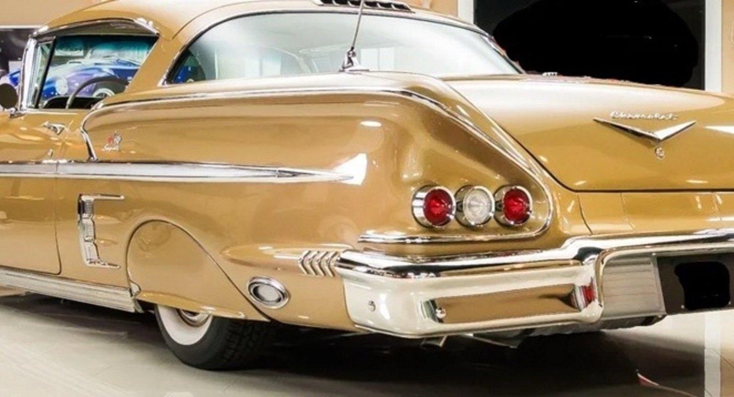 В Москве выставили на продажу Chevrolet Impala 1958 года за 13 млн рублей Автомобили