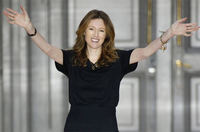 Клэр Уэйт Келлер покидает пост креативного директора Givenchy Новости моды