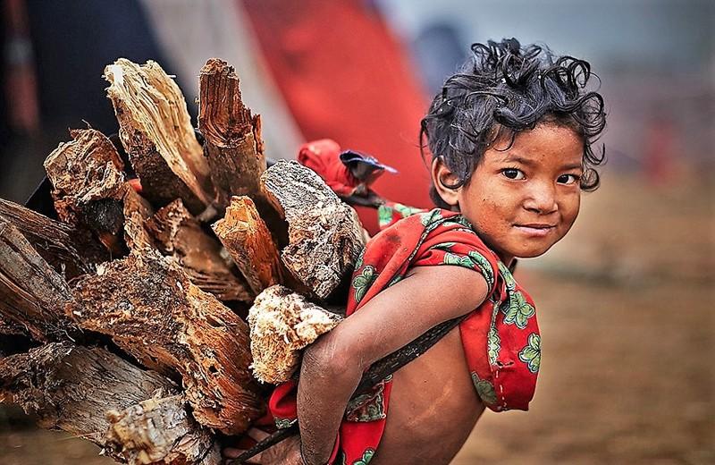 Последние охотники и собиратели: жизнь племени рауте в Непале