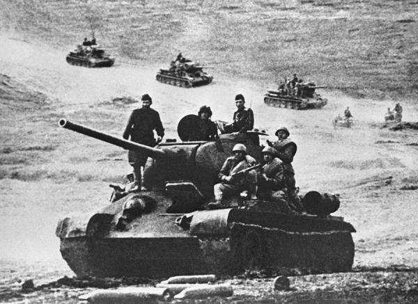 Знаменитый танк Т-34 отмечает юбилей