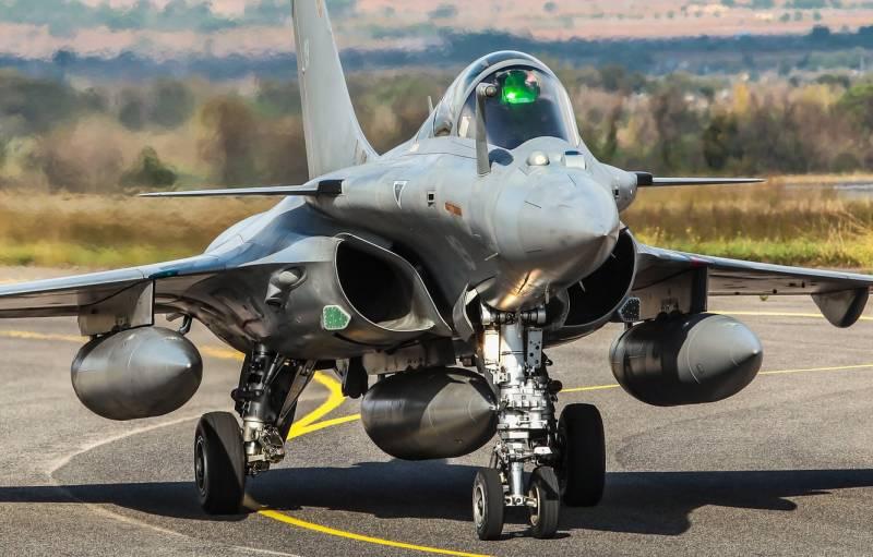 На фоне других: перспективный французский авианосец PANG и его возможности вмф