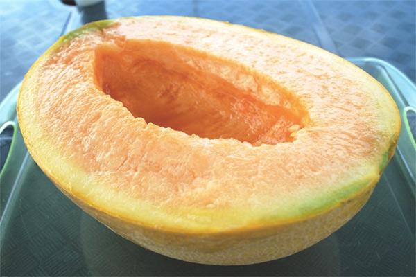 10 фруктов по астрономическим ценам