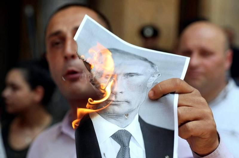 Дали последний шанс: почему Путин не ответил на оскорбления грузинов