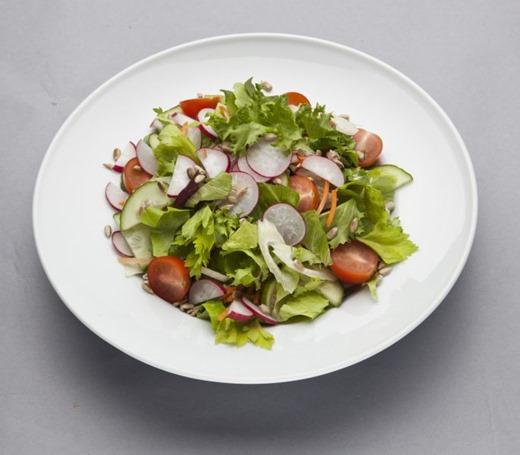 l_2010_Svaigu dārzeņu salāti