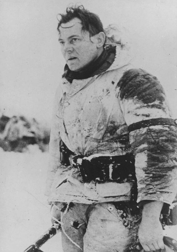 Солдат вермахта из единственной уцелевшей немецкой дивизии, участвовавшей в наступлении на Средний Дон и сумевшей вернуться в тыл. Январь 1943 г. Великая Отечественная Война, архивные фотографии, вторая мировая война