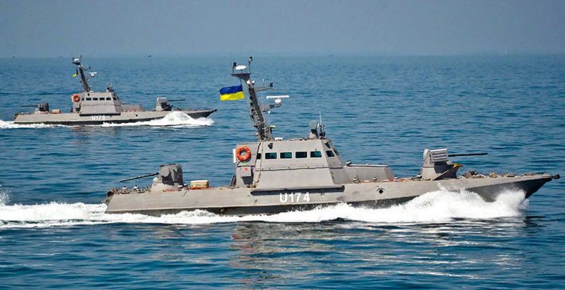 ФСБ сообщила о выдвинувшемся к украинским кораблям подкреплении