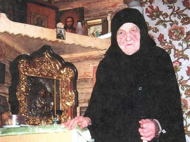 Матушка Сепфора - чудеса, пророчества, духовные наставления