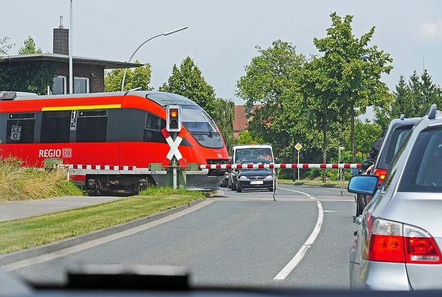 Загадочная ситуация на железнодорожном переезде