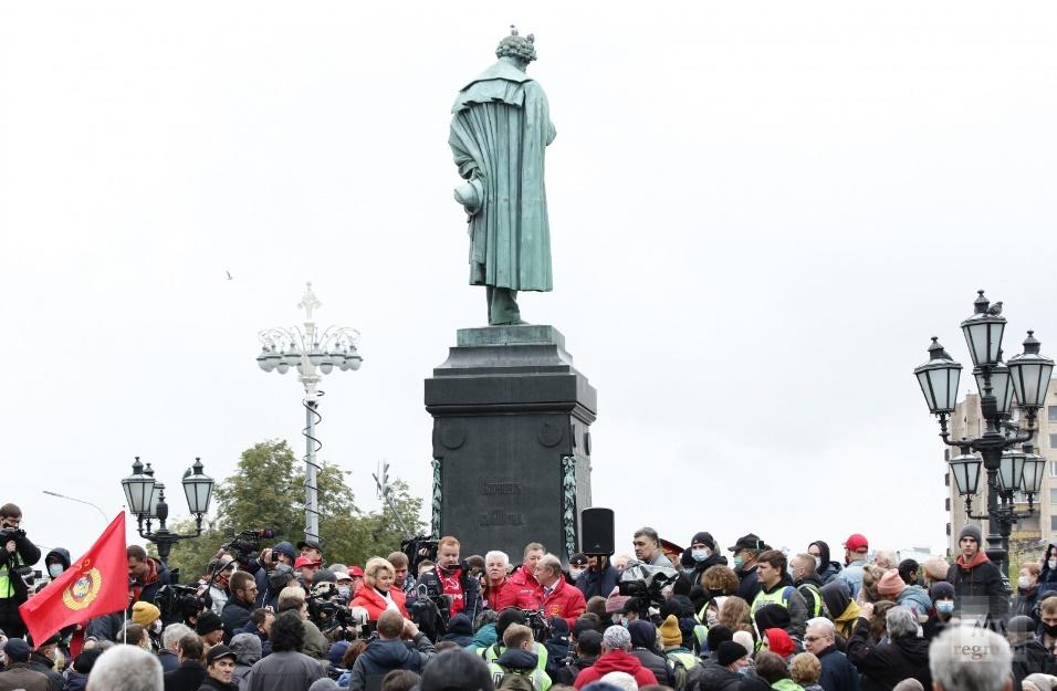 Нина Останина: Мы поднимем всех от Калининграда до Камчатки, сил у нас хватит общество,Политика