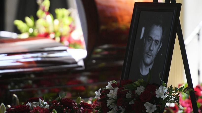 Церемония прощания с журналистом Сергеем Доренко в Москве