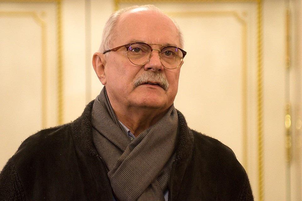 Михалков обвинил Грефа в уничтожении образования в России
