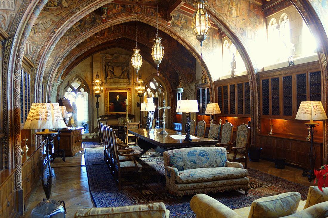 Уникальный замок Херста: роскошь, созданная первой в мире женщиной-архитектором авиатур