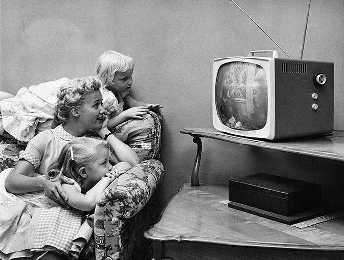 Телевидение и его история в картинках