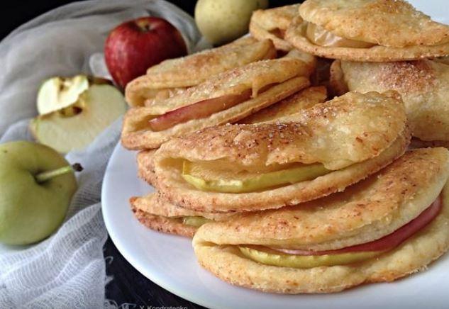 Творожно-песочное печенье с яблоками сладкая выпечка