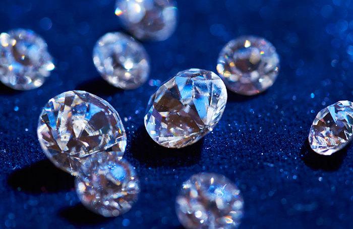 Бриллианты не нужны. Как миллениалы ломают вечные ценности и меняют мировую экономику