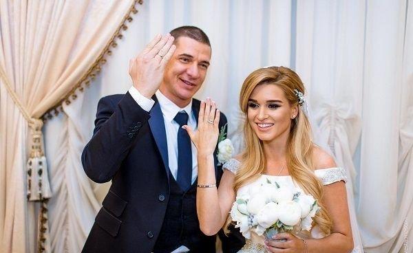 Ксения Бородина и Курбан Омаров разошлись : муж Ксении обманул ее,завладев бизнесом