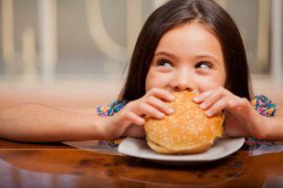 Чипсы, газировка и мороженое. Домашние аналоги вредной детской еды