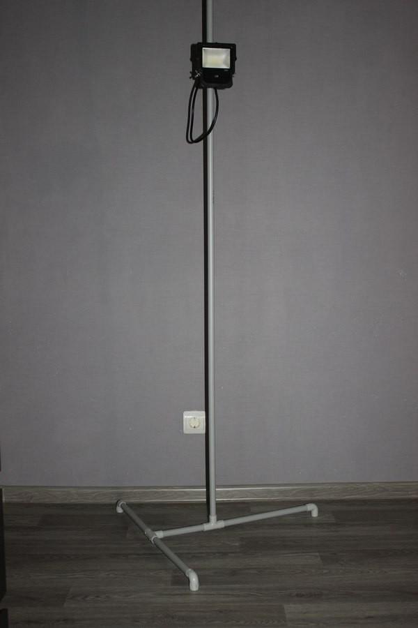 Недорогой штатив для прожектора из полипропиленовых труб