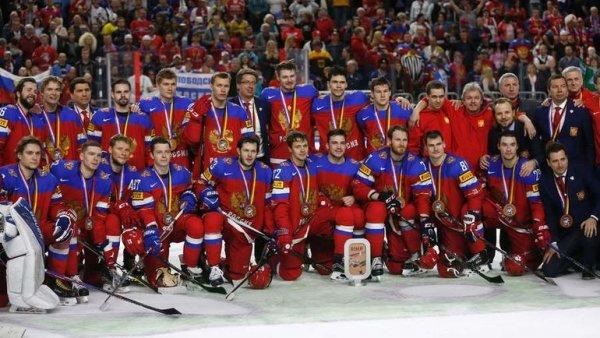 Иностранцы о хоккеистах спевших гимн России: «Бах пытался забрать у них Олимпиаду, а они забрали у него золото!»
