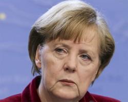 Меркель - Путину: Референдум в Крыму противоречит конституции Украины