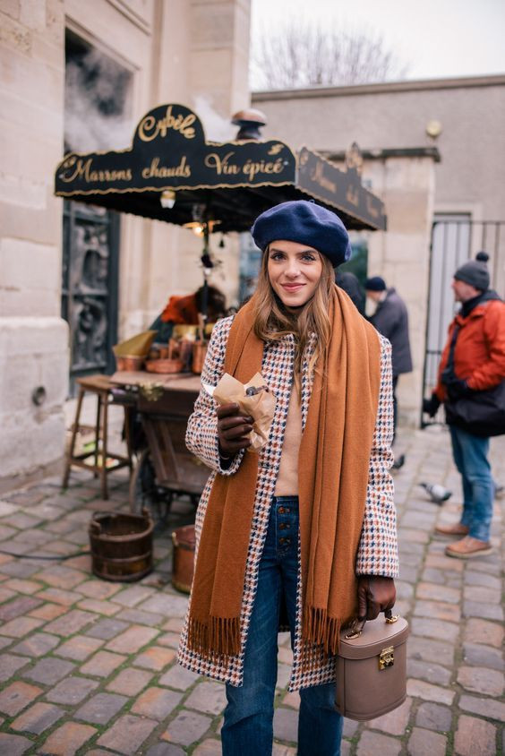 Парижский шик: как и с чем носить модный берет этой весной лучшее
