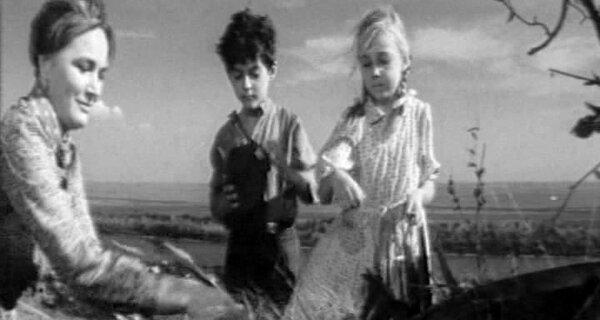 """Денис Кмит, жених из """"Спортлото - 82"""": как сложилась судьба актера, ставшего инвалидом."""