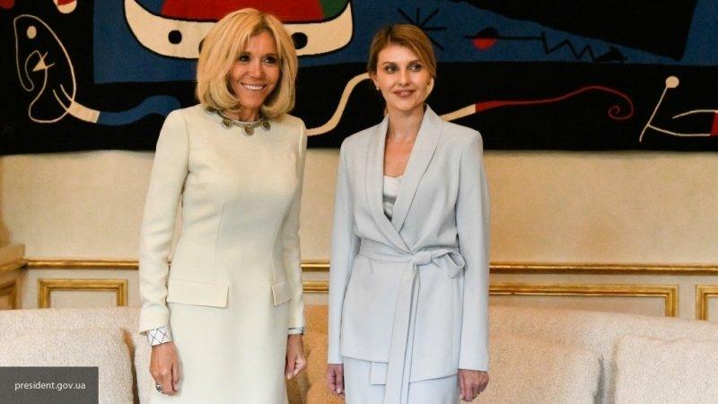Пользователи соцсетей возмущены небрежным видом Брижит Макрон на встрече с Еленой Зеленской
