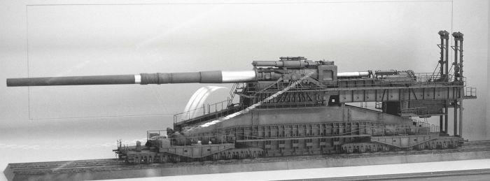Железнодорожная артиллерийская система «Дора».   Фото: ru.wikipedia.org.