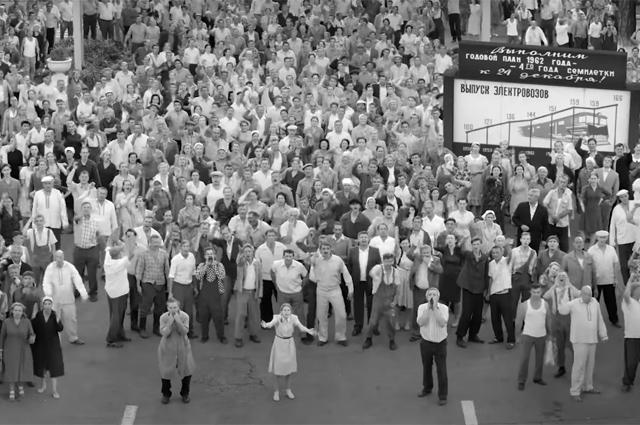 """Фильм Андрея Кончаловского """"Дорогие товарищи!"""" выдвинули на премию """"Оскар"""" от России Кино"""