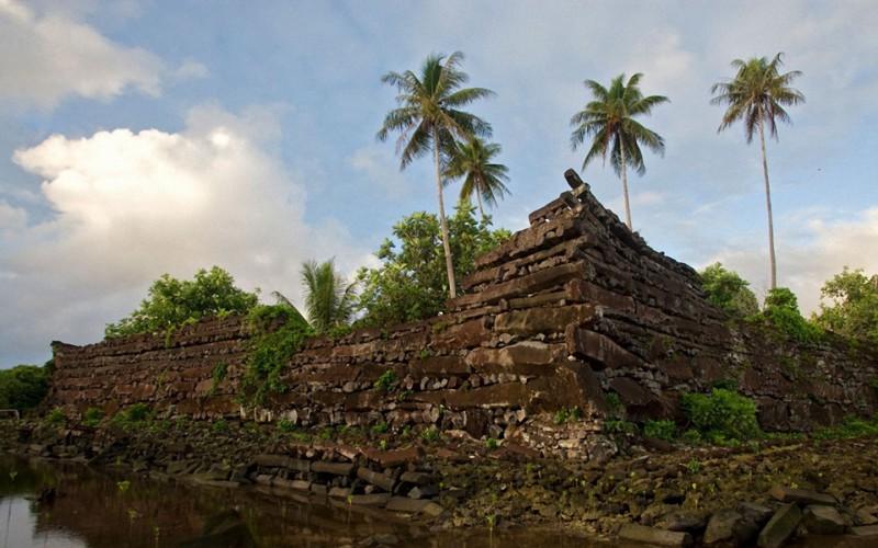 Нан-Мадол – исчезнувшая цивилизация (18 фото )