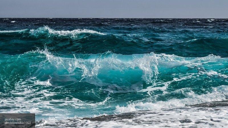 """Шторм """"Глория"""" обрушился на Испанию, вызвав обильный снегопад и семиметровые волны"""