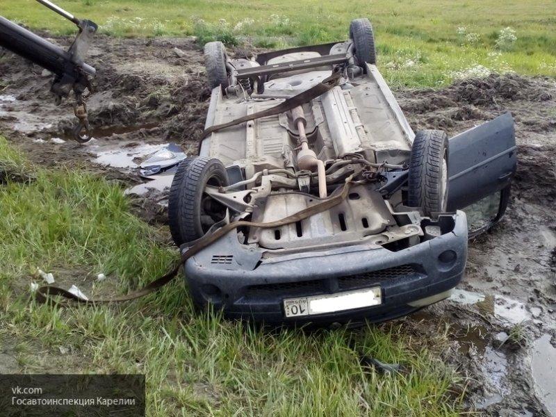 В Коми водитель вылетел в кювет: есть пострадавшие