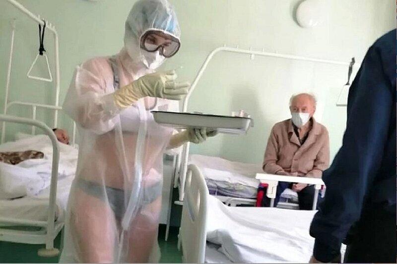 Медсестра в купальнике из Тулы продолжает сводить с ума весь мир